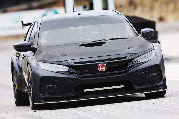 HONDA เปิดตัว CIVIC TYPE R (FK8) เวอร์ชั่นรถแข่ง BTCC